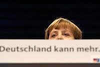 02 DEC 2003, BERLIN/GERMANY:<br /> Angela Merkel, CDU Bundesvorsitzende, haelt eine Rede, 17. CDU Parteitag, Messe Leipzig<br /> IMAGE: 20031202-01-076<br /> KEYWORDS: party congress, Schriftzug Deutschland kann mehr, speech
