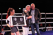Boxen: Fritz Sdunek Memorial 2021, Zinnowitz, 25.09.2021<br /> Feature, Versteigerung Foto: Winne Spiering, Rene Suske<br /> © Torsten Helmke