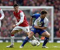 Photo: Olly Greenwood.<br />Arsenal v Blackburn Rovers. The FA Cup. 17/02/2007. Blackburn's David Dunn and Arsenal's Cesc Fabregas