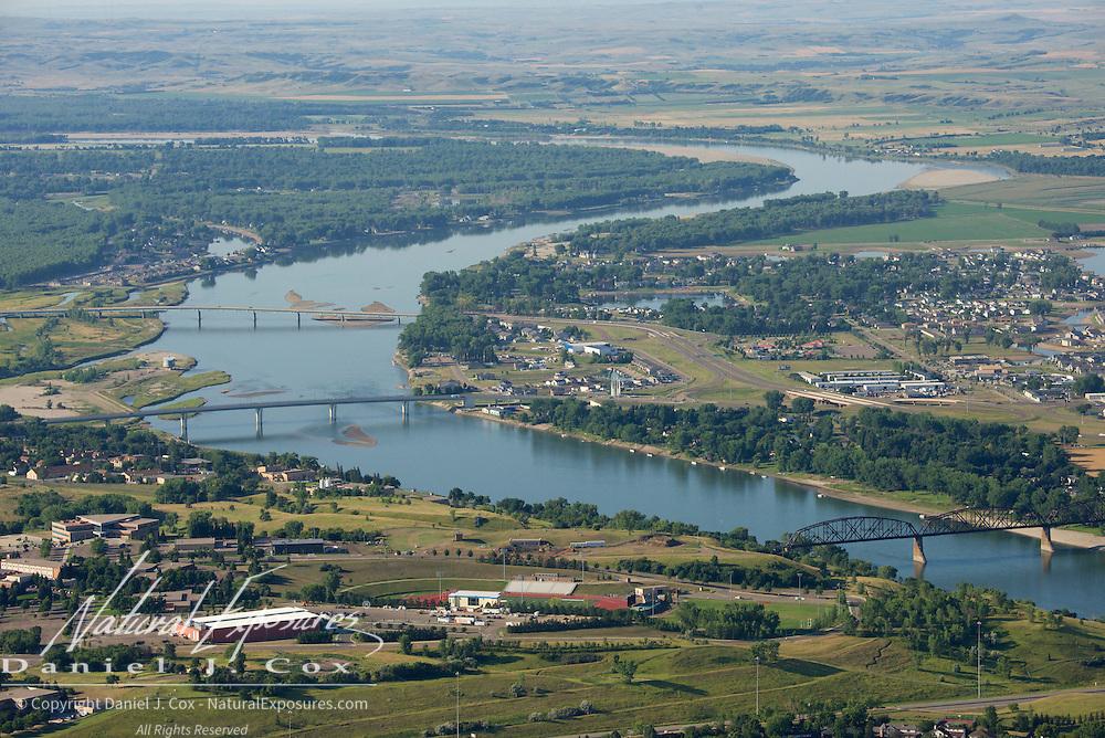 The Missouri River runs through Bismark and Mandan, North Dakota