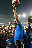 Esultanza di Gonzalo Higuain Napoli, celebration   <br /> Napoli 14-05-2016 Stadio San Paolo<br /> Football Calcio Serie A 2015/2016 Napoli - Frosinone<br /> Foto Cesare Purini / Insidefoto