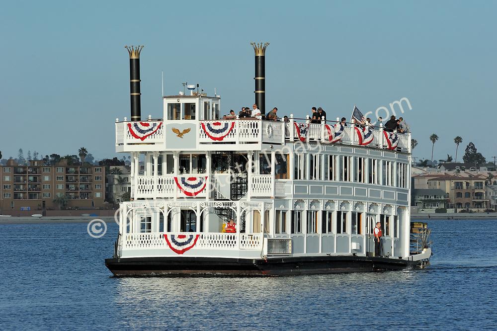 The Bahia Belle offer bay cruises departing from the Catamaran Resort