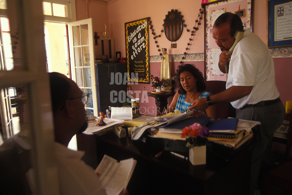 BELIZE / Belize City / Teachers meeting at a state secondary school...© JOAN COSTA