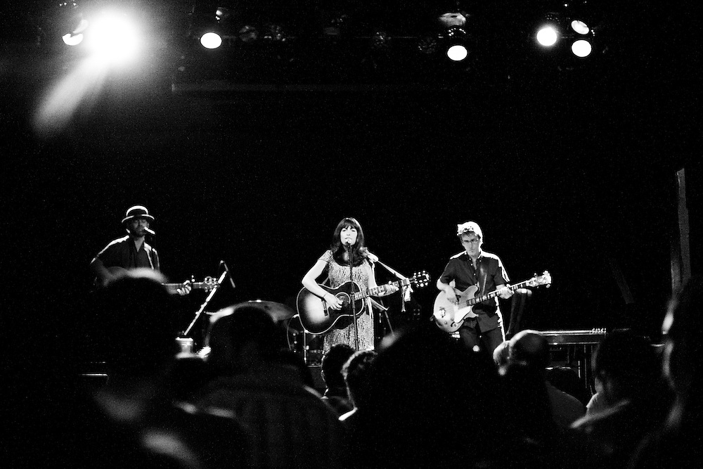 NEW YORK, NY - MAY 20: American singer-songwriter Rosi Golan performs at the Bowery Ballroom with her band on May 20, 2010 in New York, New York. (PHOTO CREDIT: Eric M. Townsend)