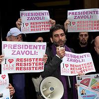 Manifestazione  contro lo stop dei talk show