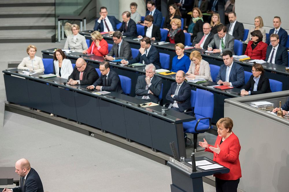 21 MAR 2019, BERLIN/GERMANY:<br /> Angela Merkel, CDU Bundeskanzlerin, waehrend einer  Regierungserklaerung zum Europaeischen Rat vor der kompletten Regierungsbank, Plenum, Deutscher Bundestag<br /> IMAGE: 20190321-01-022