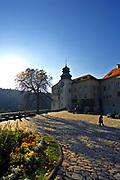 Dolina Prądnika, 2006-10-18. Zamek w Pieskowej Skale