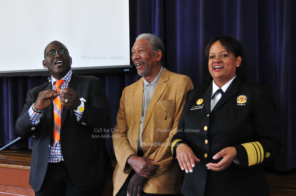 Idol Gives Back. As part of Fox Televisions show American Idol judge Randy Jackson is joined by actor Morgan Freeman for a visit to Mount Olive Baptist church and attend services  Sunday April 11 ,2010. After church services Morgan Freeman and Randy Jackson walked next door to the  IT Montgomery Elementary school to visit the children and take part in a Save The Children program which focuses on literacy, physical activity and nutrition. Morgan Freeman and idol judge Randy Jackson read to the children, looked up things on a computer , and watched the kids exercise and have a healthy snack and lunch© SuziAltman/SuziSnaps