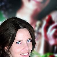 Nederland,Culemborgh ,4 juli 2007..Paula van de Kamp, Manager Branding & Communications van Fair Trade..Fair Trade is importeur van producten uit Azië, Afrika, Latijns-Amerika en grootste aanbieder van Max Havelaar koffie en thee...Foto:Jean-Pierre Jans