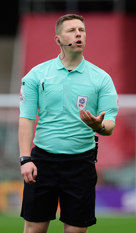 Referee Marc Edwards<br /> <br /> Photographer Chris Vaughan/CameraSport<br /> <br /> The EFL Sky Bet League One - Lincoln City v Charlton Athletic - Sunday 27th September, 2020 - LNER Stadium - Lincoln<br /> <br /> World Copyright © 2020 CameraSport. All rights reserved. 43 Linden Ave. Countesthorpe. Leicester. England. LE8 5PG - Tel: +44 (0) 116 277 4147 - admin@camerasport.com - www.camerasport.com