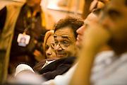 Campanha Marcio Lacerda..O deputado Sávio Souza Cruz (PMDB) faz provocações para o candidato Marcio Lacerda (PSB) durante debate promovido pelo jornal Hoje em Dia com o candidato Leonardo Quintao (PMDB). ..Fotos: Leo Drumond / NITRO