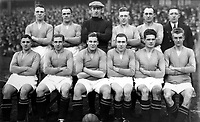 Fotball<br /> Lagbilde Manchester United<br /> Foto: Colorsport/Digitalsport<br /> NORWAY ONLY<br /> <br /> Manchester United 1930/31. (L>R) W Dale, R Bennion, A Steward, J Mellor, J Wilson, G Lydon. Front Row (L>R) C Ramsden, S Gallimore, T Reid, H Rowley, C McLachlan and C G Hilditch.