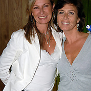 NLD/Amstelveen/20060707 - Glitterparty Special Sports Amstelveen, Annemiek Verdoorn en vriendin Monique Rosier