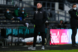 A dejected looking Derby County manager Wayne Rooney - Mandatory by-line: Ryan Crockett/JMP - 16/01/2021 - FOOTBALL - Pride Park Stadium - Derby, England - Derby County v Rotherham United - Sky Bet Championship
