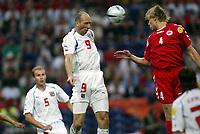 Fotball<br /> Euro 2004<br /> Portugal<br /> 27. juni 2004<br /> Foto: Dppi/Digitalsport<br /> NORWAY ONLY<br /> Kvartfinale<br /> Tsjekkia v Danmark<br /> JAN KOLLER'S GOAL (CZE) / MARTIN LAURSEN (DEN)