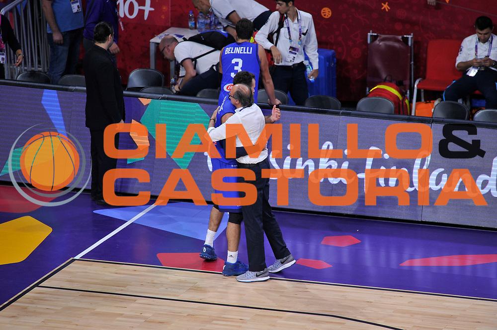 Luigi Datome, Roberto Brunamonti<br /> Nazionale Italiana Maschile Senior<br /> Eurobasket 2017 - Final Phase - Round of 16<br /> Finlandia Italia Finland Italy<br /> FIP 2017<br /> Istanbul, 09/09/2017<br /> Foto GiulioCiamillo / Ciamillo - Castoria