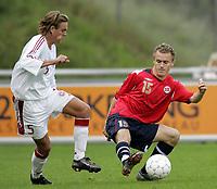 Fotball<br /> Landskamp U21<br /> Danmark v Norge 1-3<br /> Helsingør<br /> 05.10.2006<br /> Foto: Morten Olsen, Digitalsport<br /> <br /> Vidar Nisja - Norge og Bryne<br /> Timmi Johansen - Danmark og Heerenveen