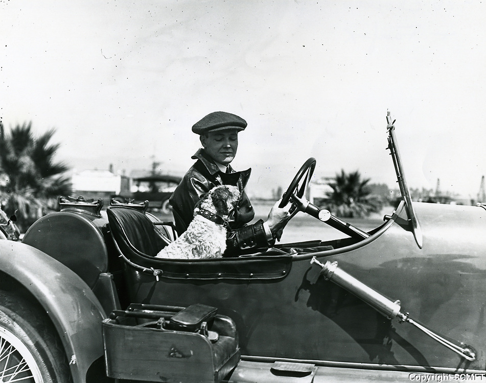 1920 Charles Ray arrives at Chaplin Airdrome at Wilshire Blvd. & Fairfax