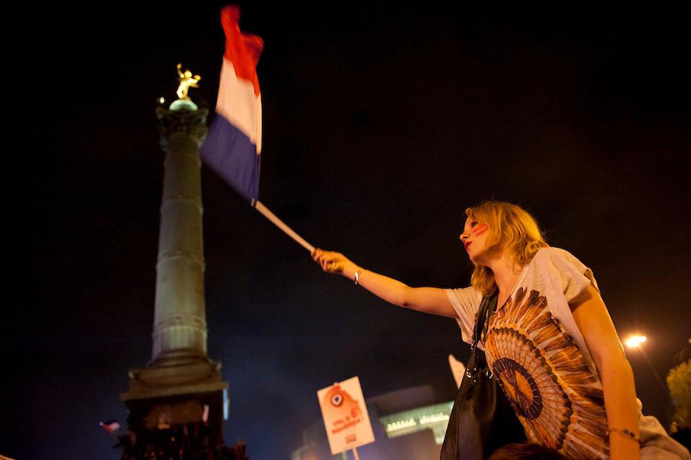 Place de Bastille, 6 mai 2012, on fête la victoire de F Hollande