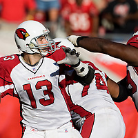 04 November 2007: Arizona Cardinals quaterback #13 Kurt Warner passes the ball during the Tampa Bay Buccaneers 17-10 victory over the Arizona Cardinals at Raymond James Stadium in Tampa, Florida, USA.