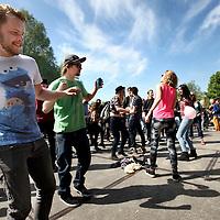 Nederland, Amsterdam , 5 mei 2014.<br /> uitgelaten publiek tijdens het bevrijdingsfestival in Westerpark.<br /> Foto:Jean-Pierre Jans
