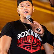 NLD/Almere/20190117 - Stare down van Boxing Influencers, .................