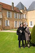 two visitors taking a picture chateau d'yquem sauternes bordeaux france