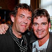 NLD/Amsterdam/20110415 - CD presentatie Jeroen van der Boom, Jeroen met Han Koreneef