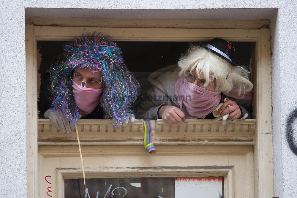 """Berlin, Germany - 06.04.2019 <br /> <br /> At the edge of the """"Mietenwahnsinn stoppen"""" large-scale tentant demonstration, protesters occupied a vacant shop on Wrangelstrasse in Berlin-Kreuzberg, where the Bizim Bakkal vegetable shop was until it was repressed. The police ended the occupation, which included harsh action against members of parliament and journalists who were present.<br /> <br /> Am Rande der """"Mietenwahnsinn stoppen""""-Großdemonstration besetzten Demonstranten ein leerstehendes Ladenlokal in der Wrangelstrasse in Berlin-Kreuzberg, hier befand bis zu seiner Verdraengung der Bizim Bakkal Gemueseladen. Die Polizei beendet die Besetzung - hierbei wurde auch ruppig gegen Anwesende Abgeordnete und Journalisten vorgegangen.<br /> <br /> Photo: Bjoern Kietzmann"""