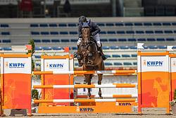 Houwen Kristian, NED, Kiekeboe VM<br /> Nationaal Kampioenschap KWPN<br /> 5 jarigen springen final<br /> Stal Tops - Valkenswaard 2020<br /> © Hippo Foto - Dirk Caremans<br /> 19/08/2020