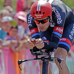 06-05-2016: Wielrennen: Giro: Apeldoorn: Individuele tijdrit: Proloog<br /> Tom Stamsnijder (tean Giant Alpecin)