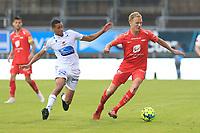 Fotball , 17. juni 2020 , Eliteserien,<br />Haugesund - Brann Bergen<br />Kristoffer Barmen fra Brann Bergen i aksjon mot Bruno Leite fra Haugesund.<br />Foto: Andrew Halseid Budd , Digitalsport