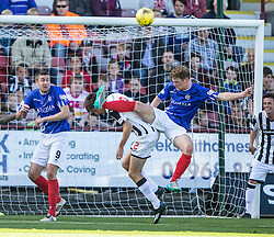 Dunfermline's Ryan Williamson and Cowdenbeath's Christopher Kane. <br /> Dunfermline 7 v 1 Cowdenbeath, SPFL Ladbrokes League Division One game played 15/8/2015 at East End Park.
