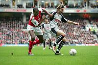 Fotball<br /> FA-cup 2005<br /> 3. runde<br /> Arsenal v Stoke City<br /> 9. januar 2005<br /> Foto: Digitalsport<br /> NORWAY ONLY<br /> Patrick Vieira (Arsenal) John Halls (Stoke)
