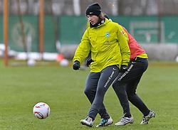 09.12.2010, Trainingsgelaende Werder Bremen, Bremen, GER, 1. FBL, Training Werder Bremen, im Bild Torsten Frings (Bremen #22)   EXPA Pictures © 2010, PhotoCredit: EXPA/ nph/  Frisch       ****** out ouf GER ******