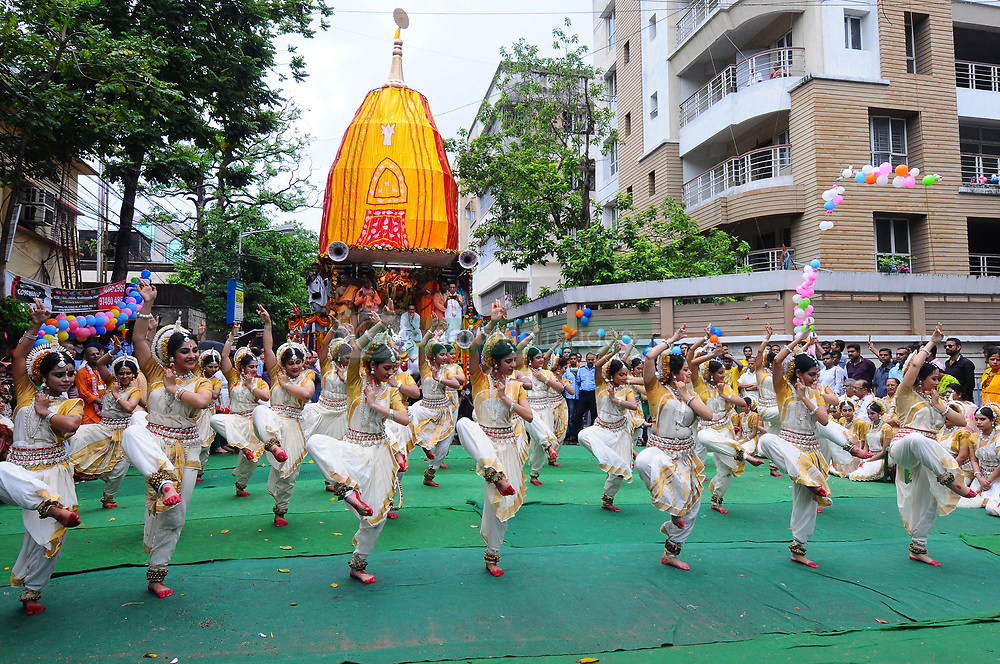 June 25, 2017 - Kolkata, West Bengal, India - Students perform Odissi Dances and inauguration ceremony  at the ISKCON 46th Rath Yatra on June 25,2017 in Kolkata ,India.The three deities of Jagannath, Balabhadra and Subhadra are taken out in procession in specially made chariots called raths, which are pulled by devotees. (Credit Image: © Debajyoti Chakraborty/NurPhoto via ZUMA Press)