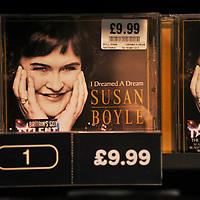 23-11-09 Susan Boyle Album on Sale
