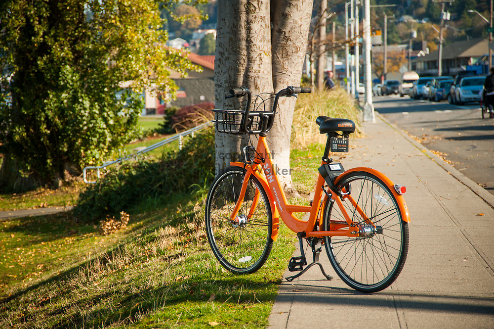 2017 NOVEMBER 06 - A SPIN bike near Alki Beach, Seattle, WA, USA. By Richard Walker