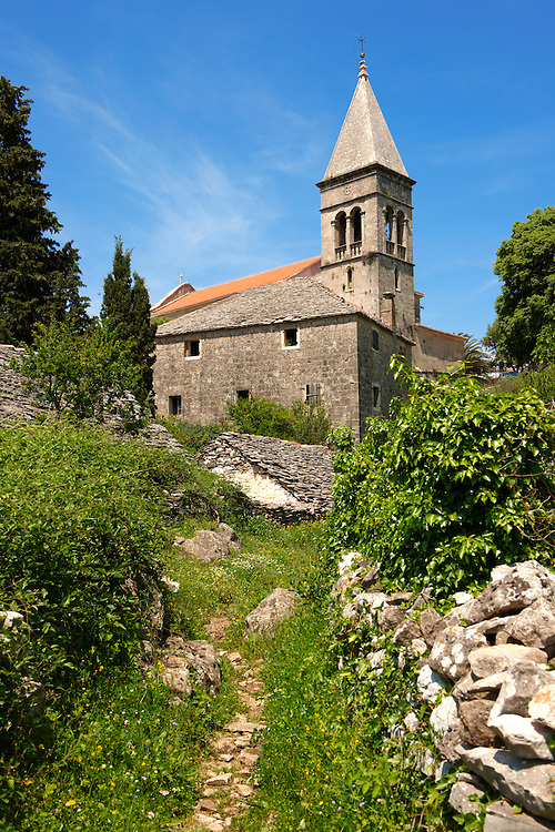 Romanesque chapel, ?krip, Bra? island, Croatia .<br /> <br /> Visit our CROATIA HISTORIC SITES PHOTO COLLECTIONS for more photos to download or buy as wall art prints https://funkystock.photoshelter.com/gallery-collection/Pictures-Images-of-Croatia-Photos-of-Croatian-Historic-Landmark-Sites/C0000cY_V8uDo_ls