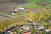 Nederland, Groningen, Gemeente Loppersum, 04-11-2018; Garrelsweer, midden in het door aardbevingen getroffen gebied, bevingen die het gevolg zijn van de winning van aardgas. H<br /> Village in the middle of the earthquake-affected area. The earthquakes that are the result of the extraction of natural gas.<br /> <br /> luchtfoto (toeslag op standaard tarieven);<br /> aerial photo (additional fee require
