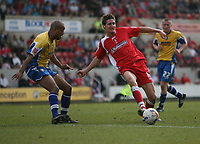 Photo: Rich Eaton.<br /> <br /> Swindon Town v Mansfield Town. Coca Cola League 2. 21/04/2007. Barry Corr centre of Swindon passes during the first half in which he scored 2 goals
