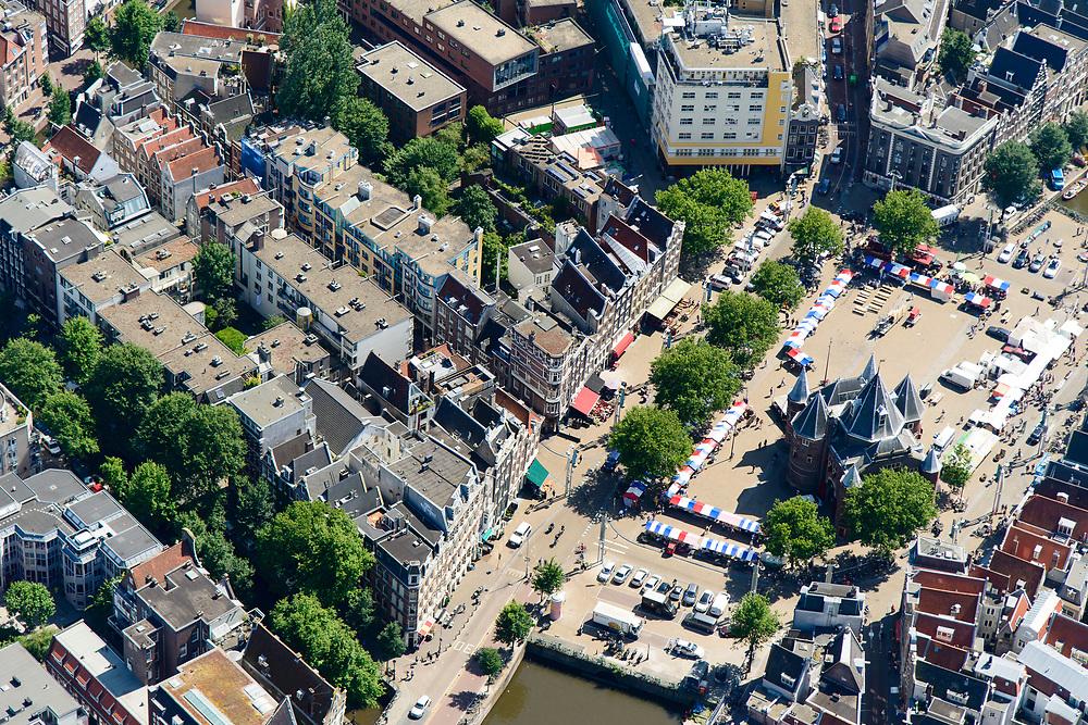 Nederland, Noord-Holland, Amsterdam, 29-06-2018; centrum van de stad, Nieuwmarkt met Waag en gebouw Flesseman. Kop Gelderse kade, Recht Boomssloot, Sint Antoniebreedstraat.<br /> City centre around Nieuwmarkt.<br /> <br /> luchtfoto (toeslag op standard tarieven);<br /> aerial photo (additional fee required);<br /> copyright foto/photo Siebe Swart