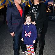 NLD/Amsterdam/20101007 - Europesche premiere Cirque du Soleil Totem, Martijn Krabbe, partner Amanda Beekman en dochter