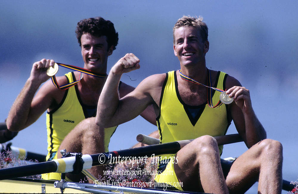 Barcelona Olympics 1992 - Lake Banyoles, SPAIN, Gold Medallist, AUS M4- [Oarsome Foursome]  GREEN Nicholas,  TOMKINS James,  Photo: Peter Spurrier