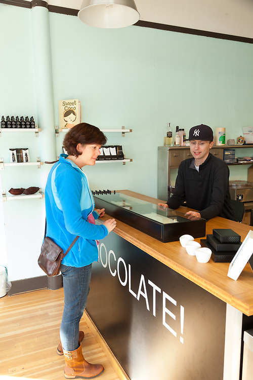 Pitchdark Chocolate is a bean to bar chocolate maker in Portland Oregon
