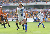 Hernan Crespo celebrates scoring his 2nd and Chelsea's 5th goal. Wolverhampton Wanderers v Chelsea, FA Premiership, 20/09/2003. Credit: Colorsport / Matthew Impey DIGITAL FILE ONLY