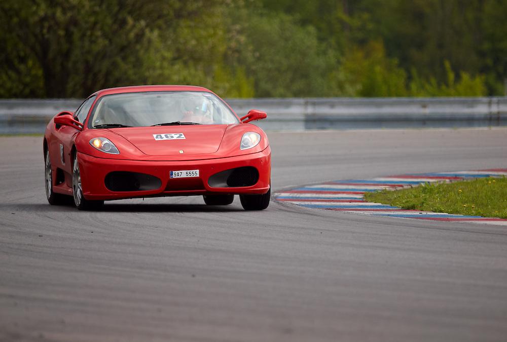Race days - Ferrari F430 curve