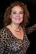 Premiere van de muziekkomedie Little Voice in het oude Luxor Theater, Rotterdam.<br /> <br /> Op de foto: <br /> <br />  Ellen Pieterss