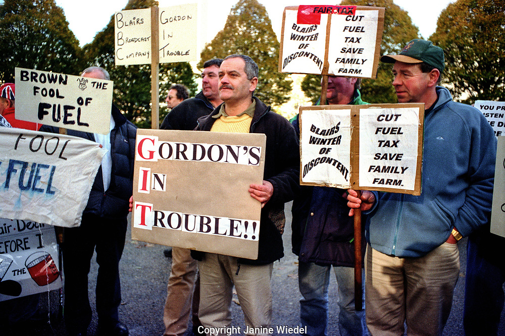 Lorry drivers protesting  during Fuel protest in London in 2000  led by independent lorry owner-operators demanding a reduction of the fuel duty rate on petrol and diesel. Many petrol pumps ran dry in a blockade by farmers and hauliers who were protesting against the increasing price of fuel at 80p a litre.