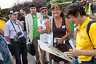 17062017. Livry-Gargan. Visite du tracé du T4 à Livry Gargan avec des citoyens et les équipes de Stratéact et du STIF.